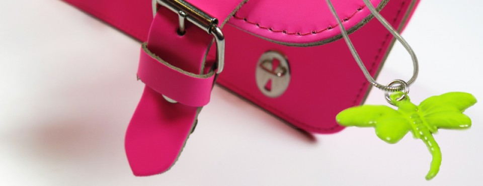 http://www.orangemayonnaise.com/webshop/zorrro-briefcase-2/ws-pr/pr572
