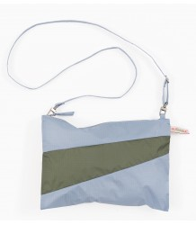 Susan Bijl The New New Pouch Susan Bijl The New New Pouch wall country