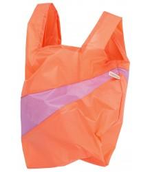 Susan Bijl The New Shoppingbag Susan Bijl The New Shoppingbag lobster dahlia