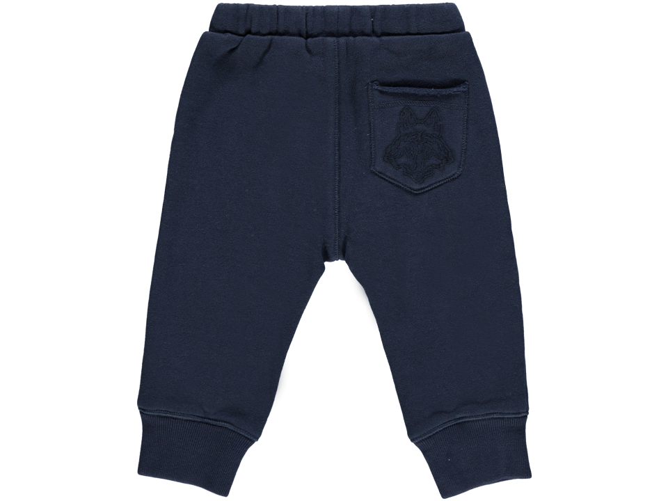 - Whether he is playing on or off the field, our warm and durable boys' sweat pants are a wardrobe essential for all seasons. Looking for kids' hoodies too? Our full zip or pullover boys' hoodies are available in prints and colors with techno-ready kangaroo pockets.