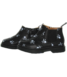 C186 Hollyhock MAA Shoes C186 Hollyhock Black