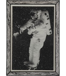 Marke Newton Poster Astronaut The prints by Marke Newton Poster Astronaut