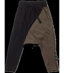 Nununu ½ & ½ Baggy Pants Nununu ? & ? Baggy Pants black and olive