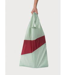 Susan Bijl The New Shoppingbag Susan Bijl The New Shoppingbag Fien e Hans