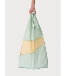 Susan Bijl The New Shoppingbag Susan Bijl The New Shoppingbag Fien e Cees