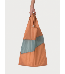 Susan Bijl The New Shoppingbag Susan Bijl The New Shoppingbag Charlotte e Cees