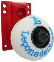 Leçons de Choses Skateboard Wheel Wall Hook Le?ons de Choses Skateboard Wiel Muurhaak rood   blauw