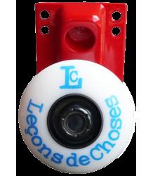 Leçons de Choses Skateboard Wheel Wall Hook Le?ons de Choses Skateboard wall hook red and blue