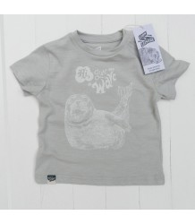 Lion of Leisure Baby T-shirt SEAL Lion of Leisure Baby T-shirt SEAL