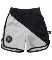 Nununu Surf Shorts ½ & ½ Nununu Surf Shorts ? & ?