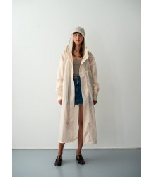 Susan Bijl The New Raincoat Susan Bijl The New Raincoat Agnes